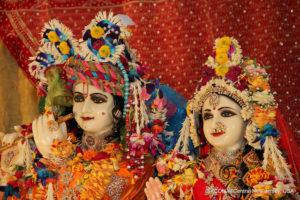 Krishna and Radha 02, photo by ISKCON of Central New Jersey watermarked