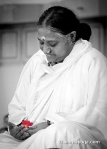 amma with small red flower living master