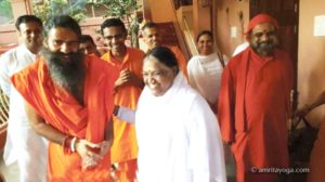 amma smiling with baba ramdev