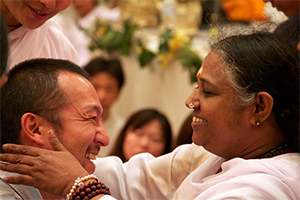 Amma's Compassion Awakened the Innate Self-Confidence