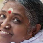 Amma's Time Management – A Unique and Yogic Style