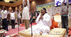 IDY2017, amrita yoga, amma on stage