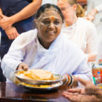 The Yoga of Eating – Getting Back to a Simple Life