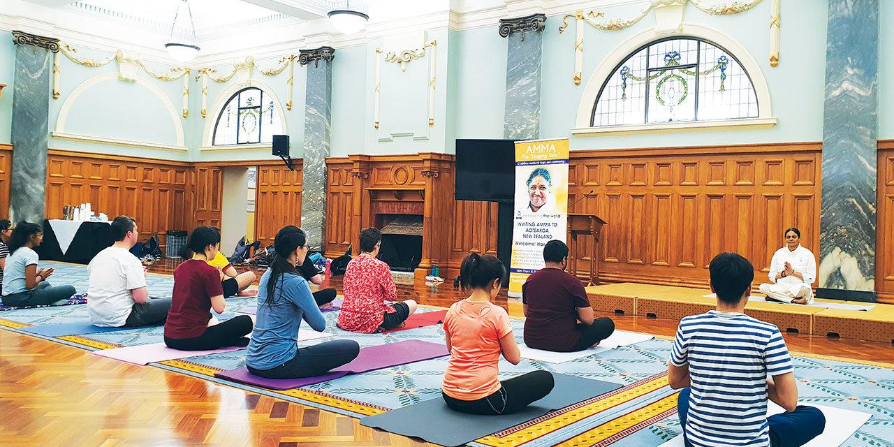 Why Yoga Sadhana Retreat at Amritapuri?