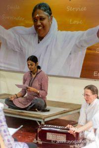 devotional singing at amrita yoga program