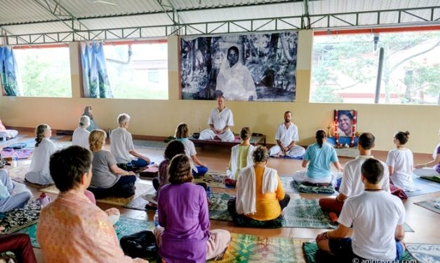 Amrita Yoga, from perfect posture to perfect alignment with the Divine